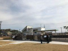 慰霊碑と旧野蒜駅