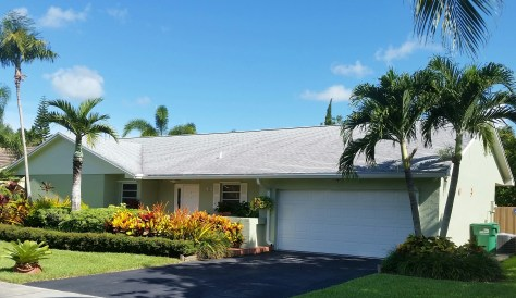 GAF Timberline HD dimensional shingle roof in Keddall, FL. Installed by Roofer Mike Inc, roofing contractor in Miami