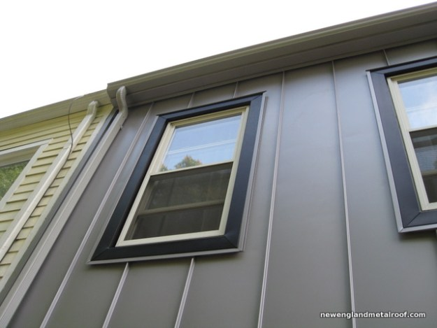 standing-seam-panels on a house wall