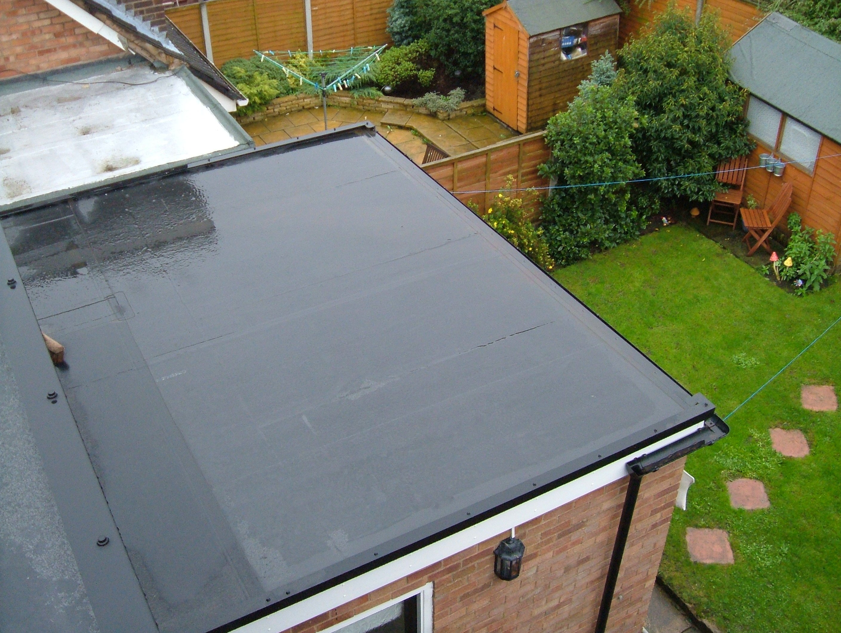 epdm rubber installed on a flat roof by gemtile - Rubberised Roof Membrane