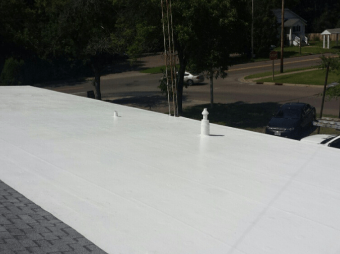 Flat Roof Materials Amp Installation Costs 2018 Pvc Vs Tpo