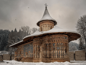 Photo 14. The Voroneț Monastery in Moldova is adorned with exterior frescoes. Photo: Adilena, Creative Commons Attribution.