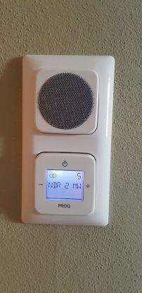 Technik pur: Netzradio im Bad