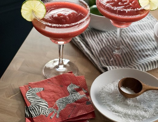 Frozen Strawberry Margarita Recipe - roomfortuesday.com