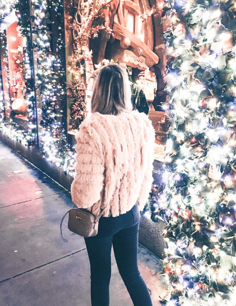 Holiday Gift Guide for Efficient Travelers – 2018 Christmas in New York