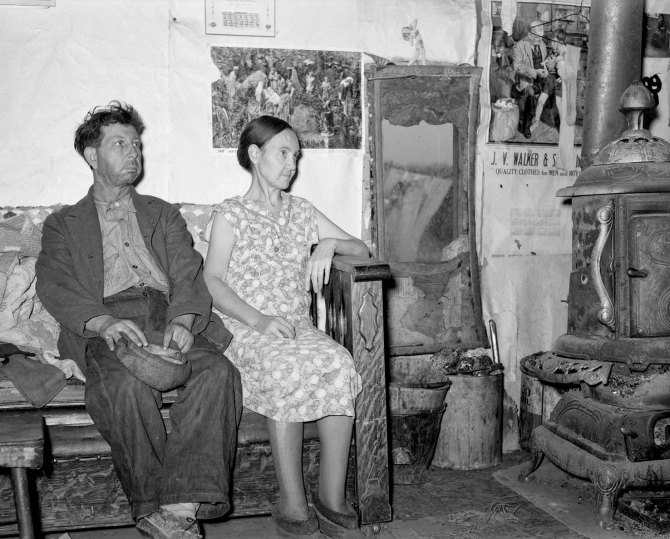 Unemployed coal miner and wife living in old barn. Herrin, Illinois 1939