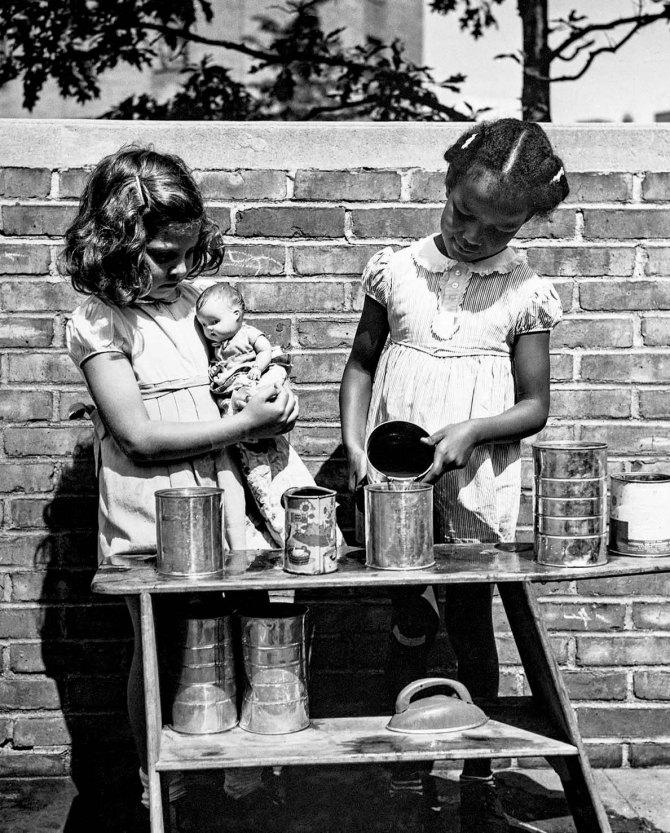 Nursery school at Queensbridge Houses.Queens, New York. 1942.