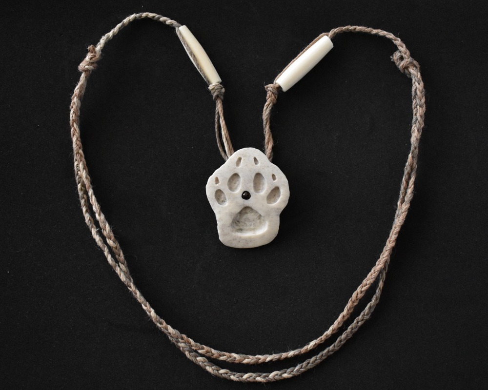 Handsome Wolf Paw Print Bone Carving Necklace Root Inspirations