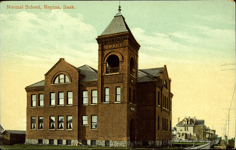 Regina Normal School 1910 Post Card 2662 Normal School Valentine & Son's Publishing Co. Ltd. Normal School, Regina, Sask. (1910)