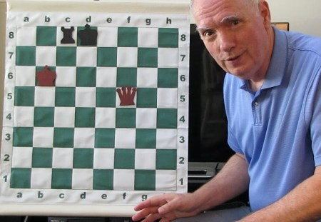 Whitcomb demonstrates winning a chess end game