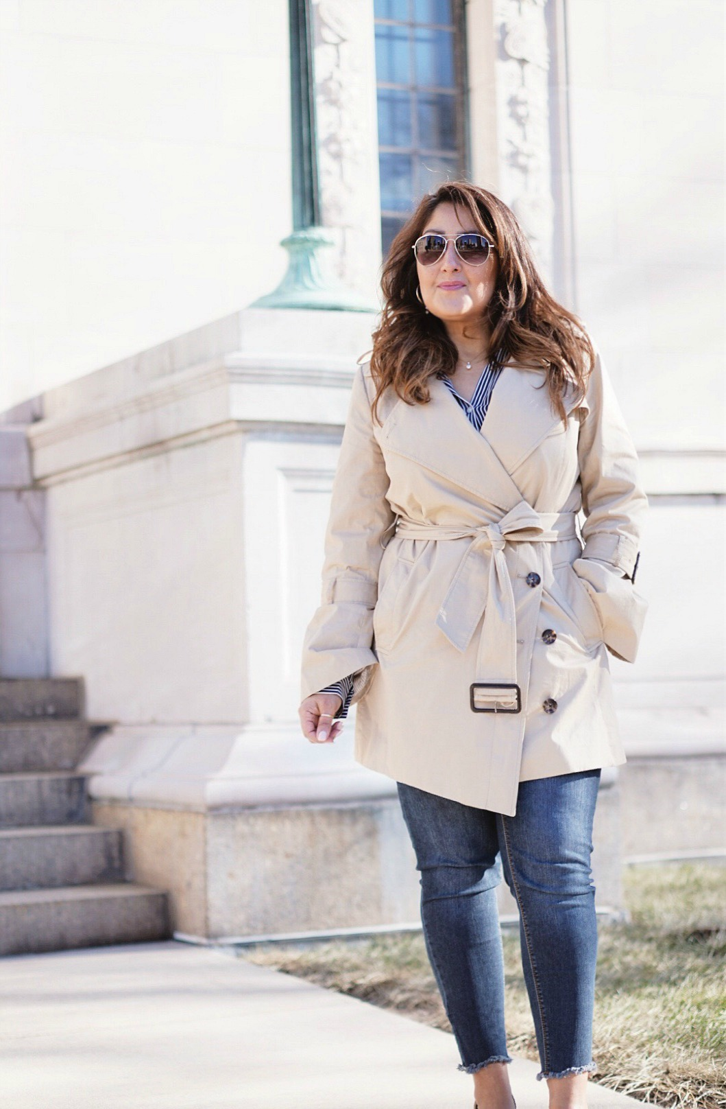 A casual way to dress the trench coat.