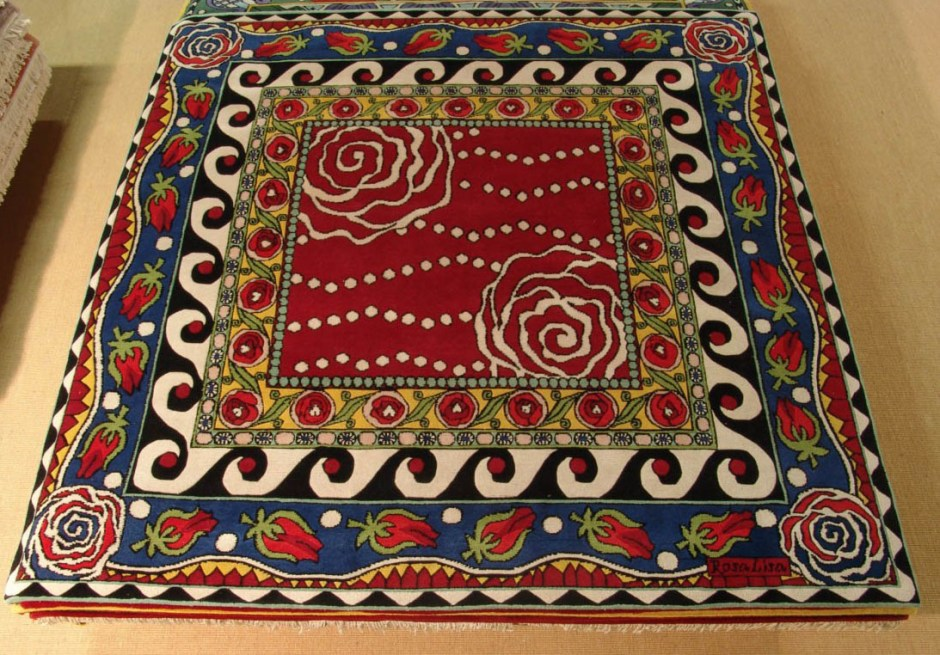 Rosalisa_Carpets_Secret_Roses_darkred