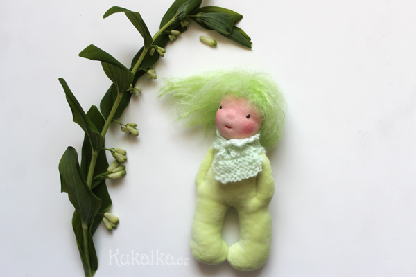 Apple Doll by KuKalKa