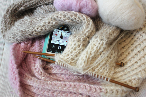 yarn along 3