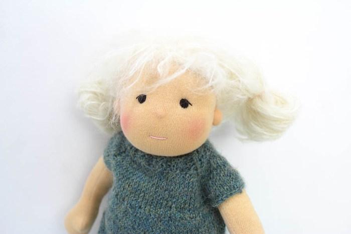 Waldorf inspirierte Puppe