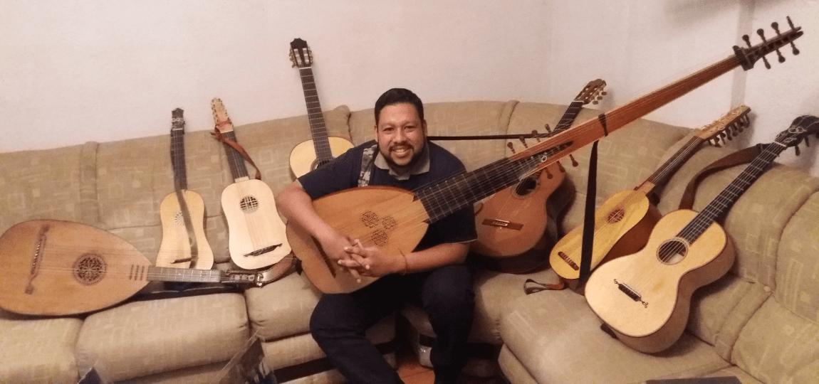 Sé que me muero de amor. Guitarra: Carlos Miguel Omaña Gámez