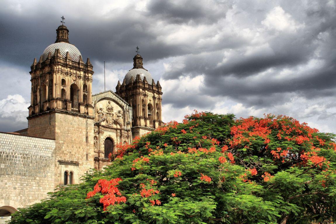 Vista de un rincón de la ciudad de Oaxaca, lugar que se considera el origen de esta canción tradicional mexicana: La Llorona.