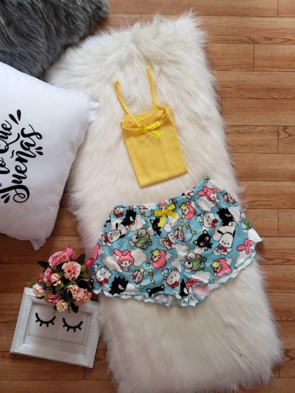 Short Hello Kitty
