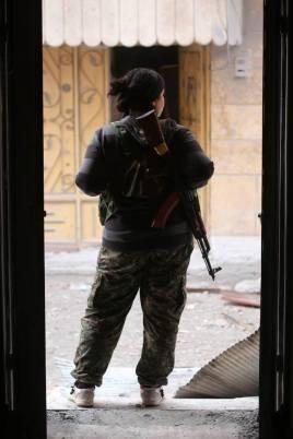 Donne soldato curde2
