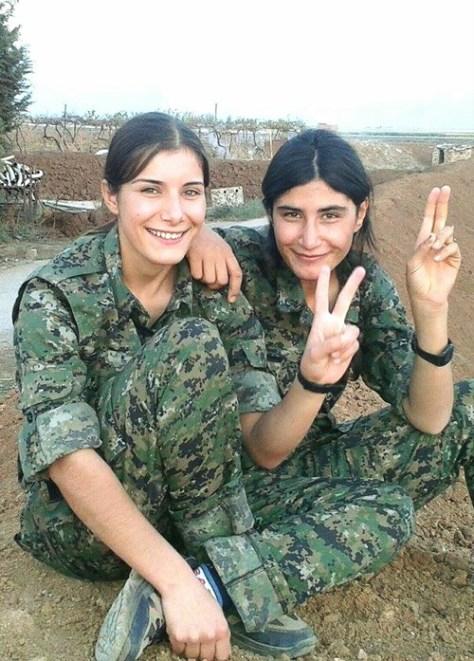Donne soldato curde6