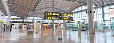 Stakingen zullen het luchtverkeer in Spanje beïnvloedenStrikes will affect air traffic in SpainLas huelgas afectarán el tráfico aéreo en España