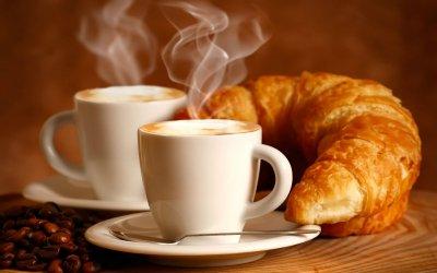 [:nl]Spanje's meest geliefde ontbijt, de Croissant en Cafe con leche[:]