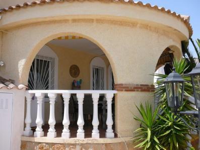 voorkant huis (2)