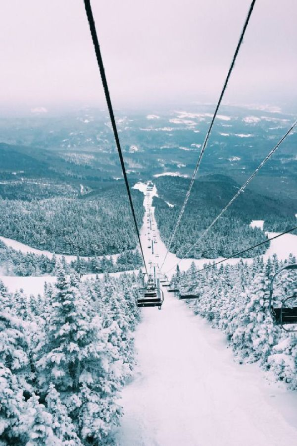 Winter Photography Inspiration - Ski Lift in Winter | https://www.roseclearfield.com