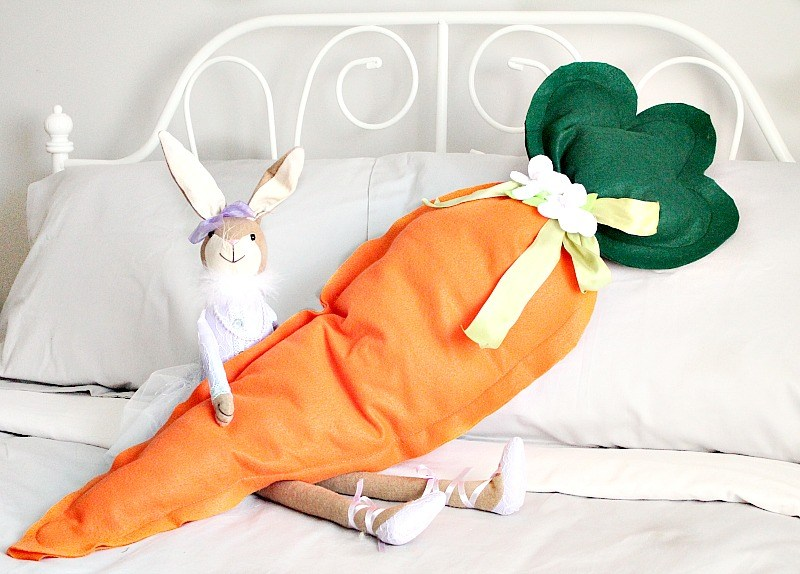 DIY Easy Easter Decor Ideas - Giant Carrot Cushion via Faeries and Fauna | http://www.roseclearfield.com