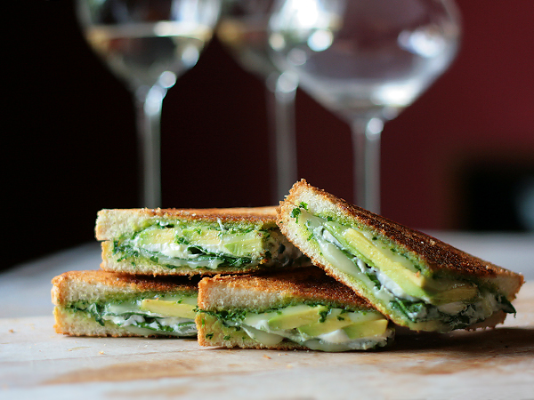 Green Goddess Grilled Cheese via Tastespotting | http://www.roseclearfield.com