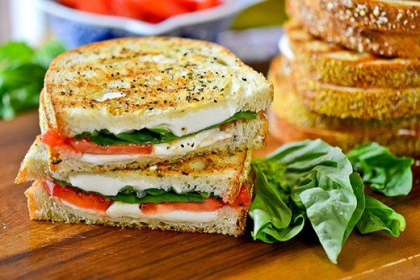 Grilled Cheese Margherita Sandwiches via Full Fork Ahead | http://www.roseclearfield.com