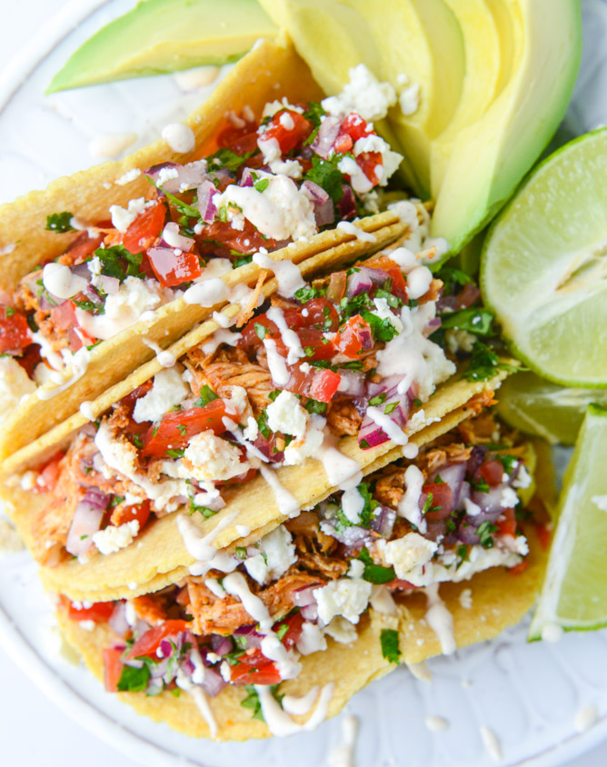 Cinco de Mayo Party Food Ideas - Weeknight Chicken Tacos via How Sweet Eats | https://www.roseclearfield.com