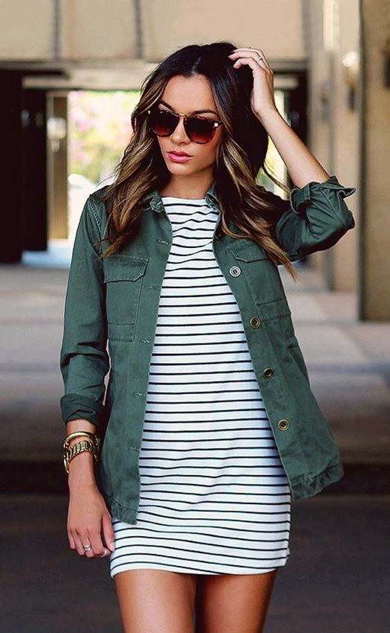 Casual Summer Fashion Inspiration | http://www.roseclearfield.com