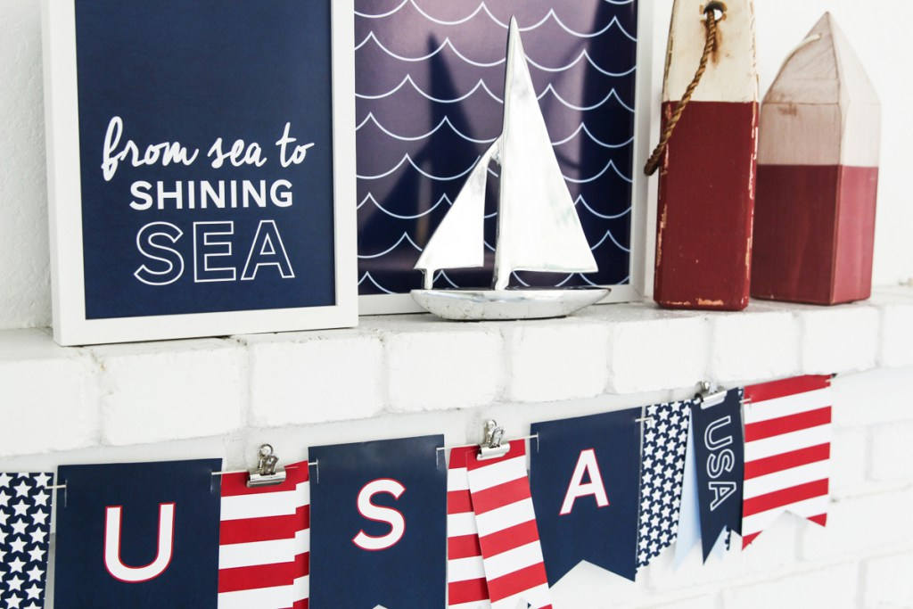 Easy DIY Fourth of July Decorations - Free Patriotic 4th of July Nautical Prints via Tater Tots and Jello | http://www.roseclearfield.com