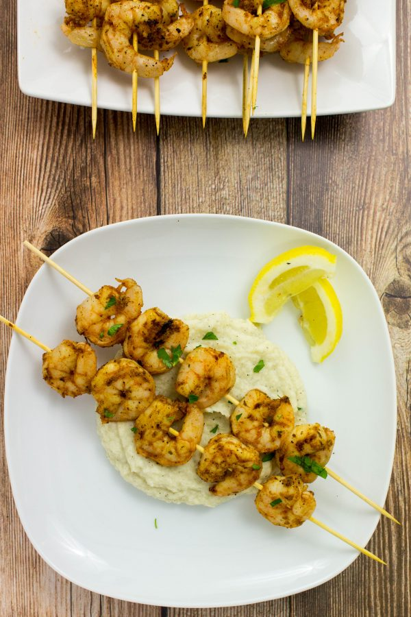 30 Days of Healthy Grilling Recipes - Grilled Blackened Shrimp Skewers via Bites of Flavor | http://www.roseclearfield.com