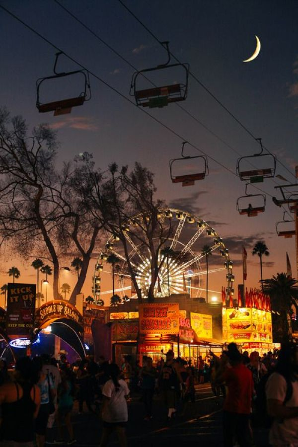 Summer Inspiration - Fair at Night | http://www.roseclearfield.com