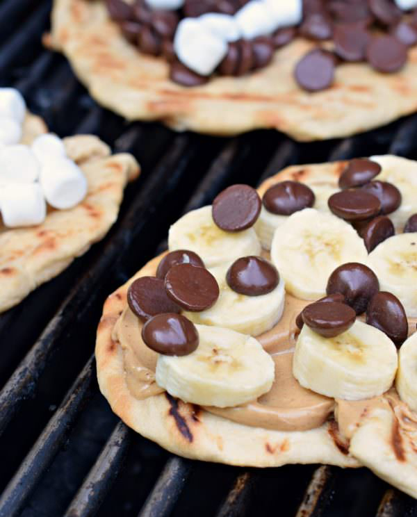 30 Days of Grilled Desserts - Grilled Dessert Pizza with Peanut Butter, Bananas, and Chocolate Chips via Shugary Sweets | http://www.roseclearfield.com