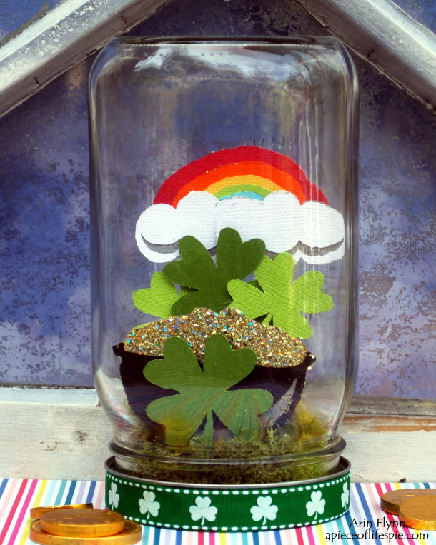 Jar o Luck St. Patrick's Day Mason Jar via A Piece of Life's Pie | http://www.roseclearfield.com