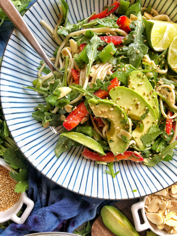 Back to School Healthy Lunches for Adults - Cold Soba Noodle Salad via Shutterbean | http://www.roseclearfield.com