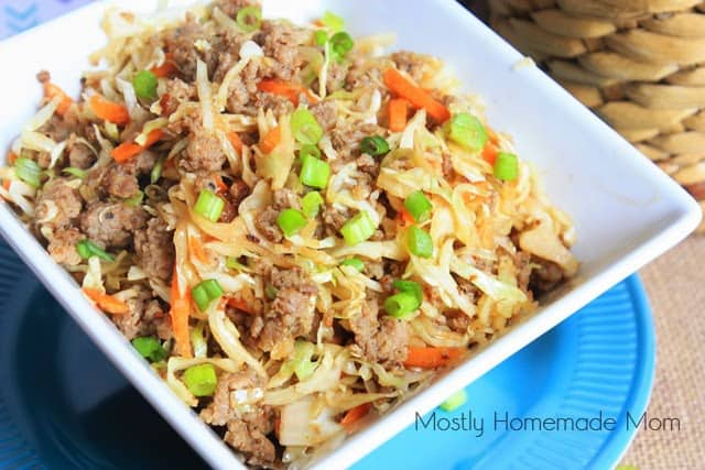 Back to School Healthy Lunches for Adults - Egg Roll in a Bowl via Mostly Homemade Mom | http://www.roseclearfield.com