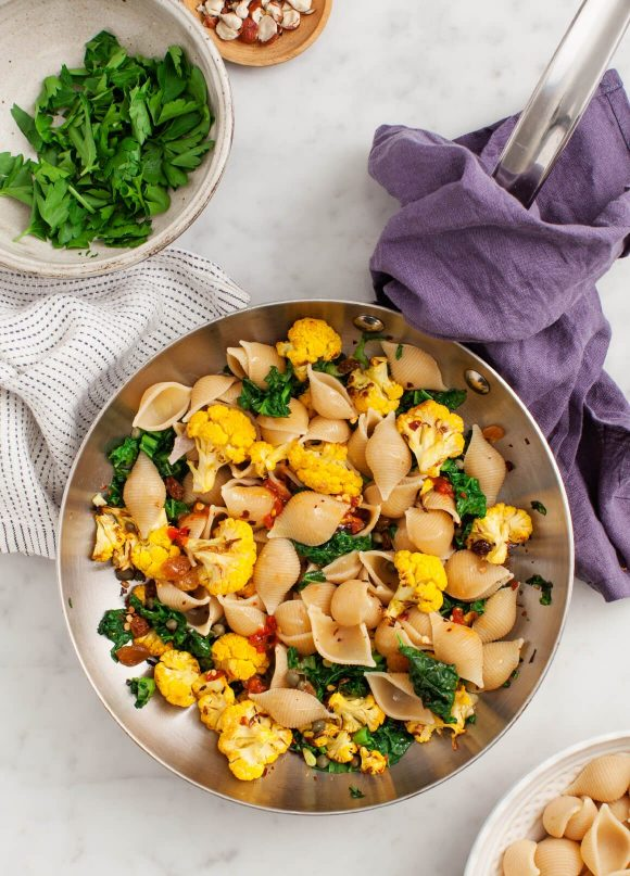 Back to School Healthy Lunches for Adults - Shells and Roasted Cauliflower via Love and Lemons | http://www.roseclearfield.com