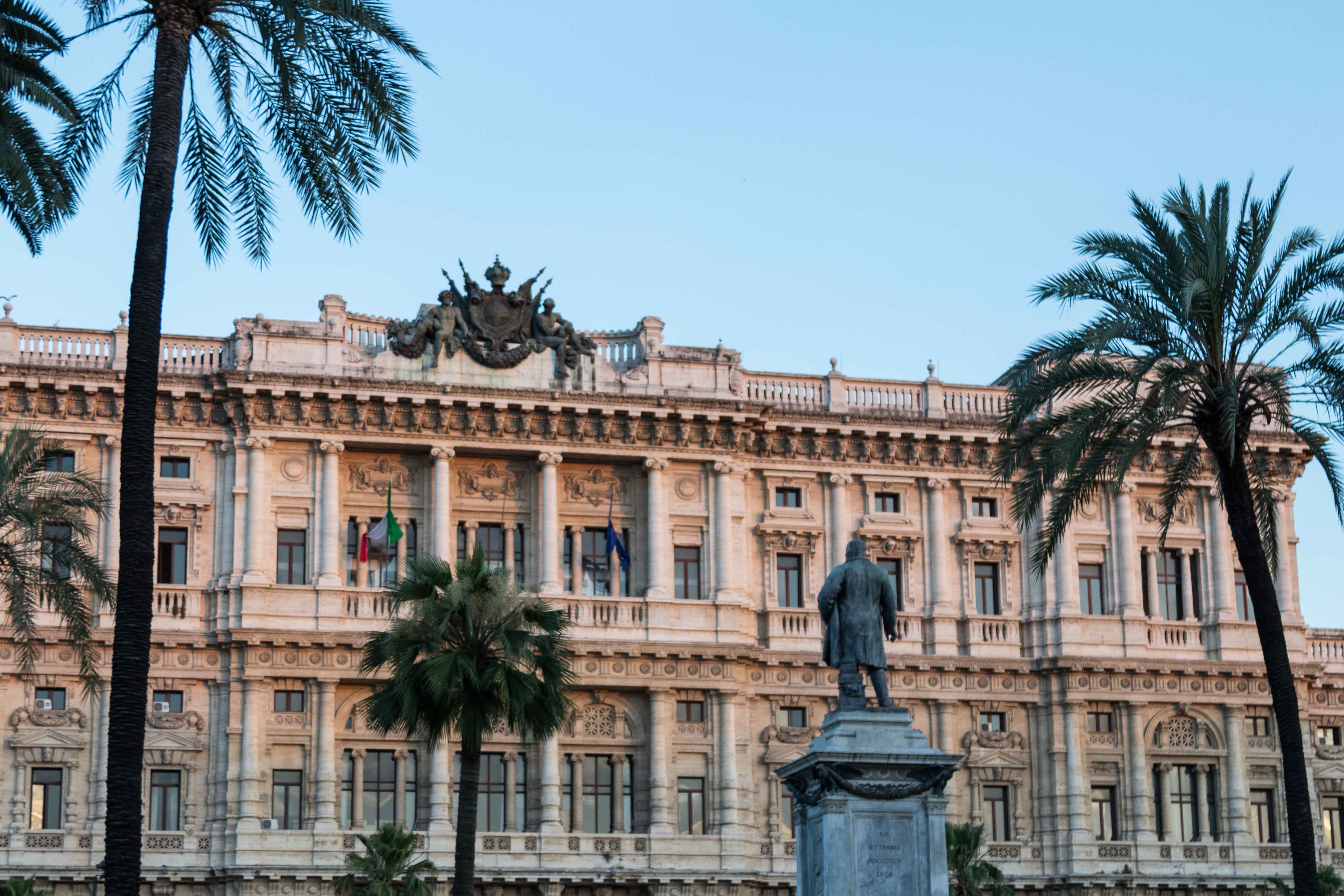 Rome at Golden Hour | https://www.roseclearfield.com