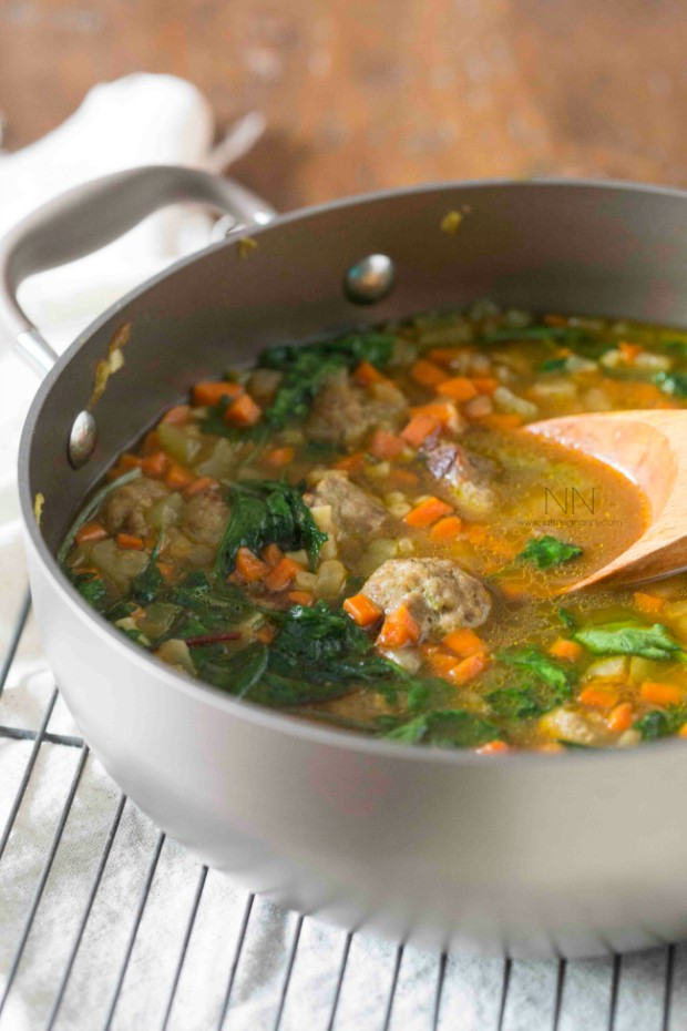 30 Healthy Dinner Recipes for Two - Small Batch Italian Wedding Soup via Nutmeg Nanny | https://www.roseclearfield.com