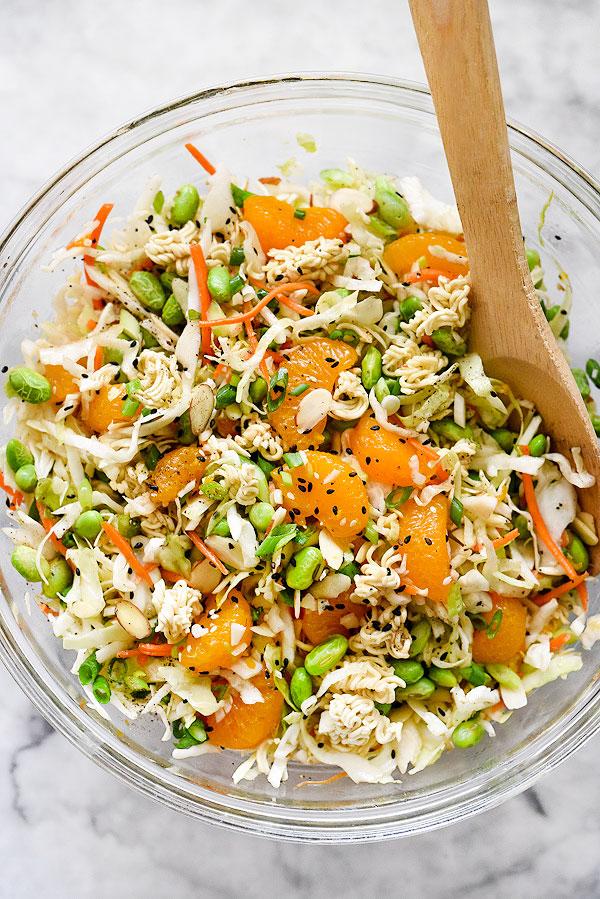 30 Healthy Ramen Noodle Recipes - Asian Ramen Noodle Salad via Foodiecrush   https://www.roseclearfield.com