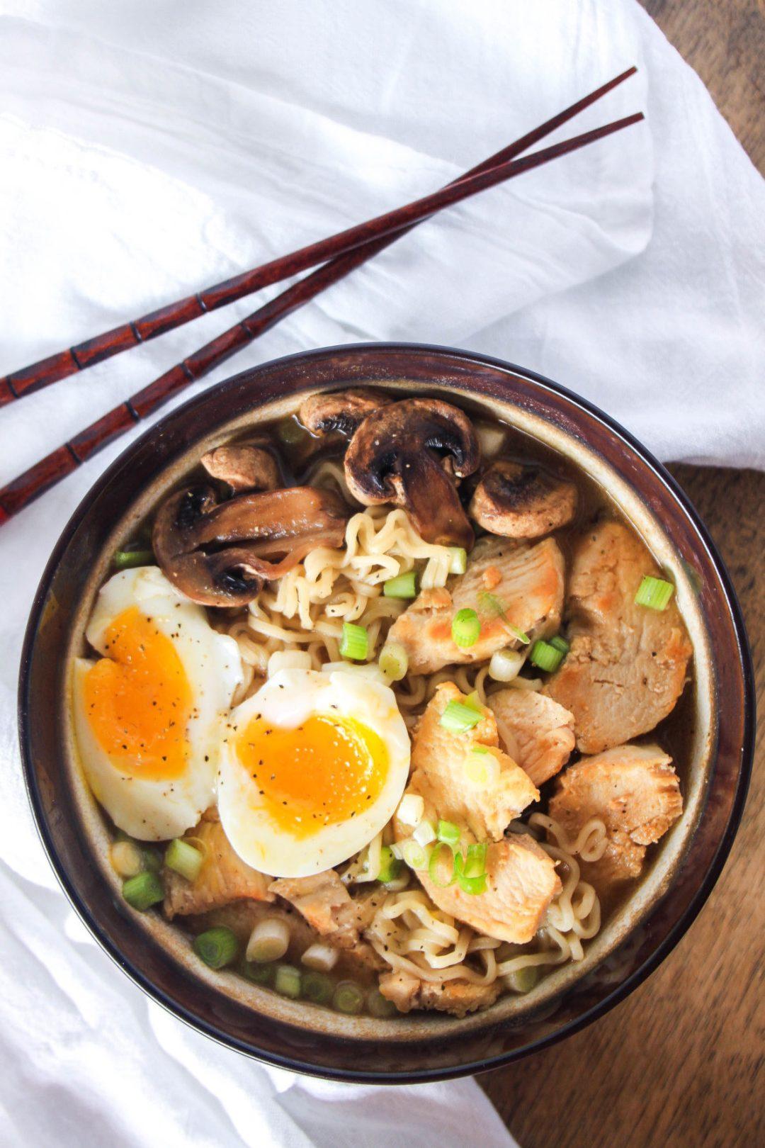 30 Healthy Ramen Noodle Recipes - Japanese Ramen with Chicken via Wanderzest   https://www.roseclearfield.com
