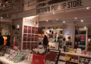 SMTown Pop Up Store