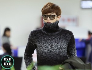 Chanyeol turtleneck