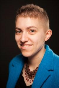 Rose Lerner author photo - hi-res image for print - portrait size