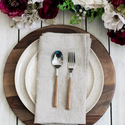 Quick and Simple Holiday Place Settings
