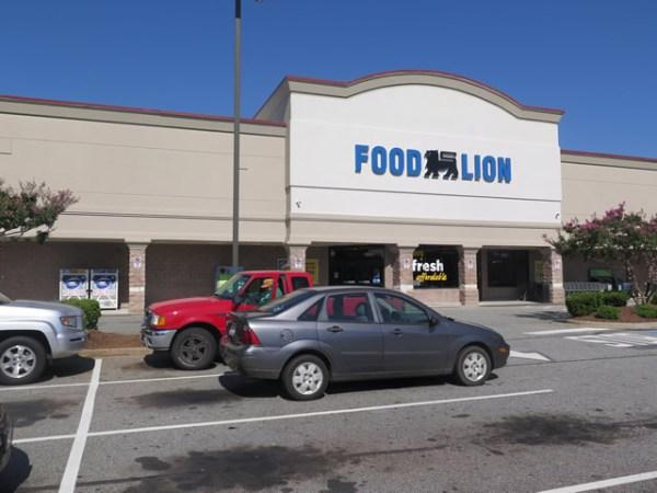Mocksville - Food Lion Center - The Rosen Group